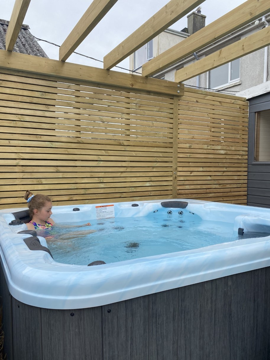 Hot Tub at Top2toe Newquay